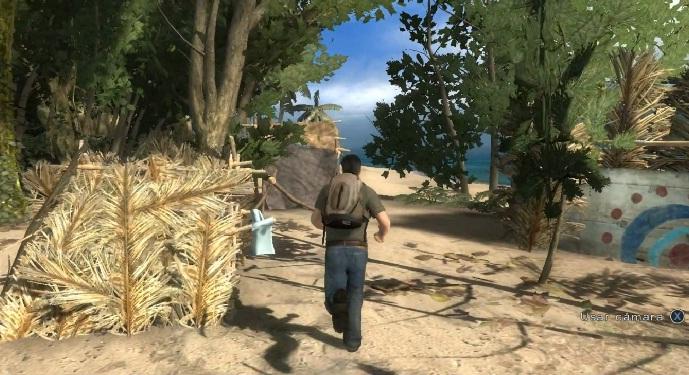 Buscando gente con la que hablar por los chilotes de la playa.