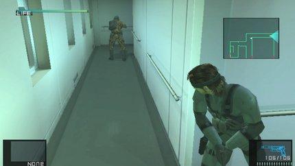 Mucho soldado mejorado genéticamente, pero no ven a 3 metros de su posición.